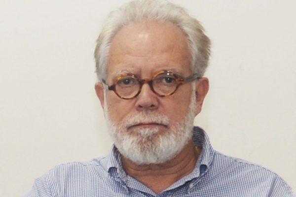 Armando Mariante é engenheiro e Membro do Conselho Superior da ACRJ